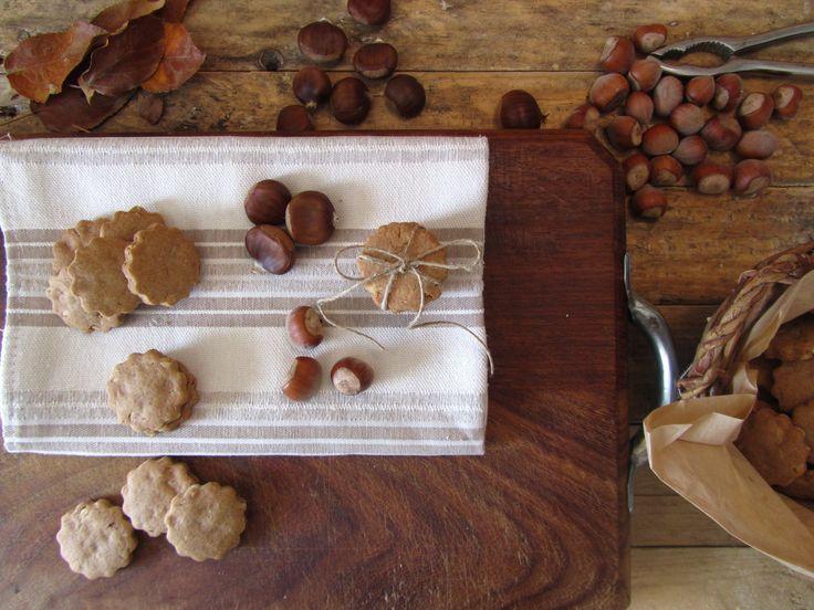 Biscottacci con farina di castagne e nocciole
