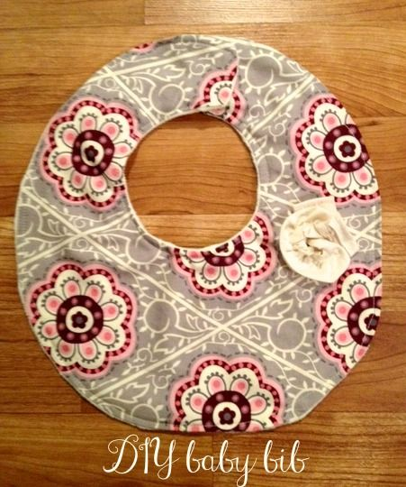 Diy baby bib cute cool and useful these would make for Useful gifts to make