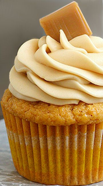 Brown Butter Pumpkin Cupcakes with Caramel Cream Cheese Frosting Recipe | Tracy's Culinary Adventures