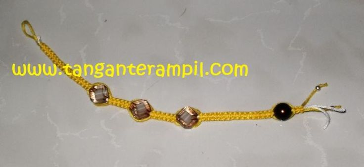 Friendship Bracelet By TanganTerampil Photo:  This Photo was uploaded by batikmania. Find other Friendship Bracelet By TanganTerampil pictures and photos...