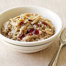 Weight Watchers Cranberry Maple Slow Cooker Oatmeal-made this for breakfast yesterday morning and it was wonderful!  The whole family loved it.  Definitely a keeper :-)
