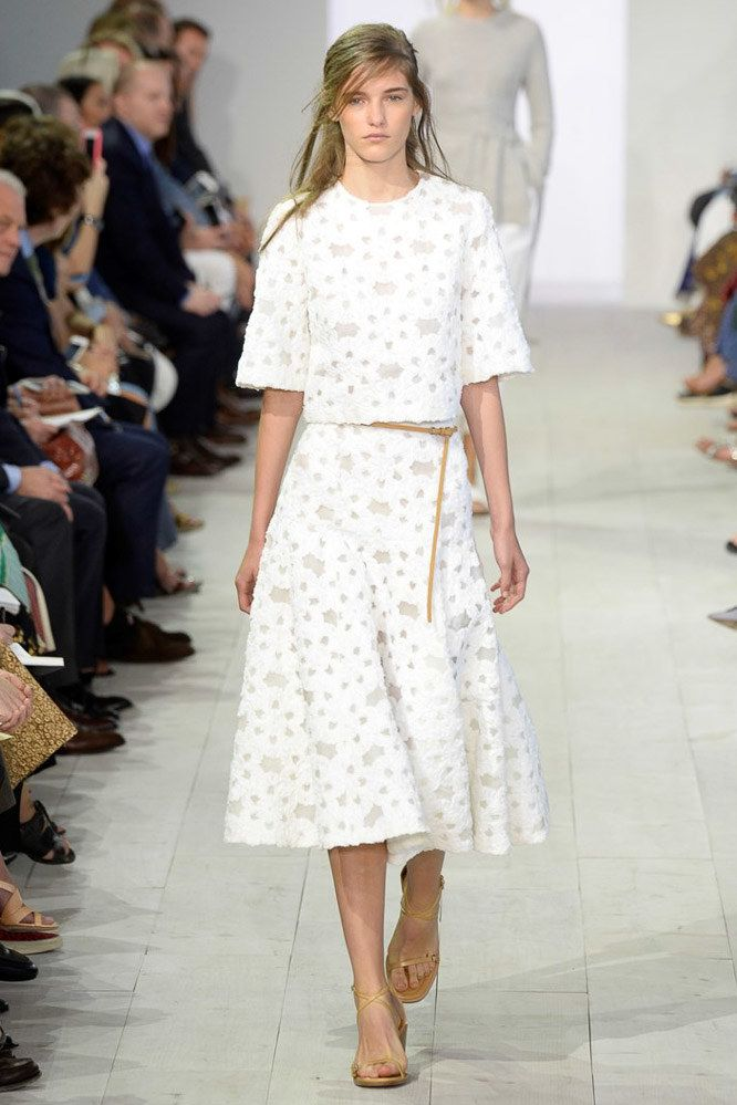 Michael Kors Collection Spring 2016 Ready-to-Wear Fashion Show  b254666ff95