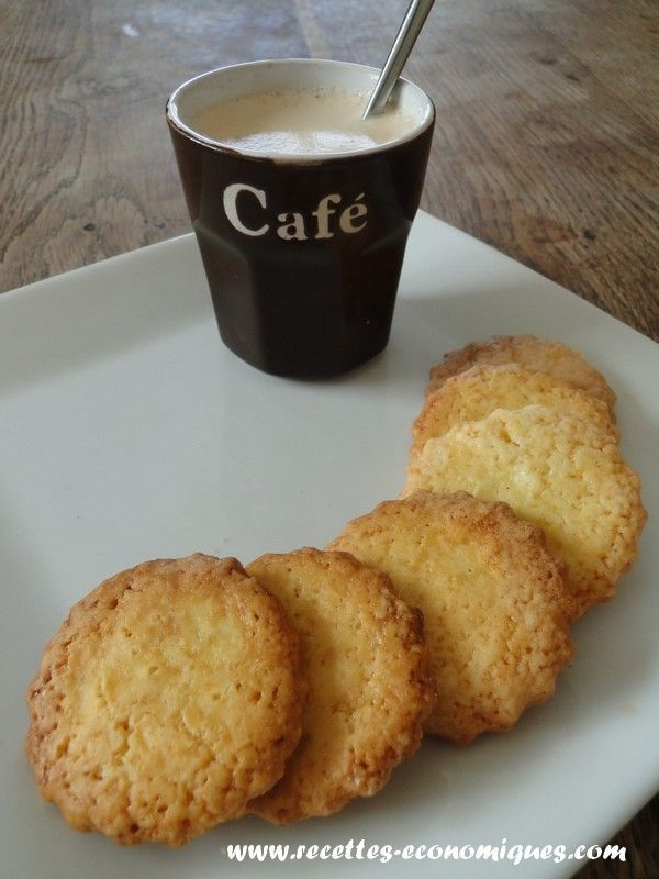 La recette des petits sablés bretons, très très bons, facile, rapide. Recette à…