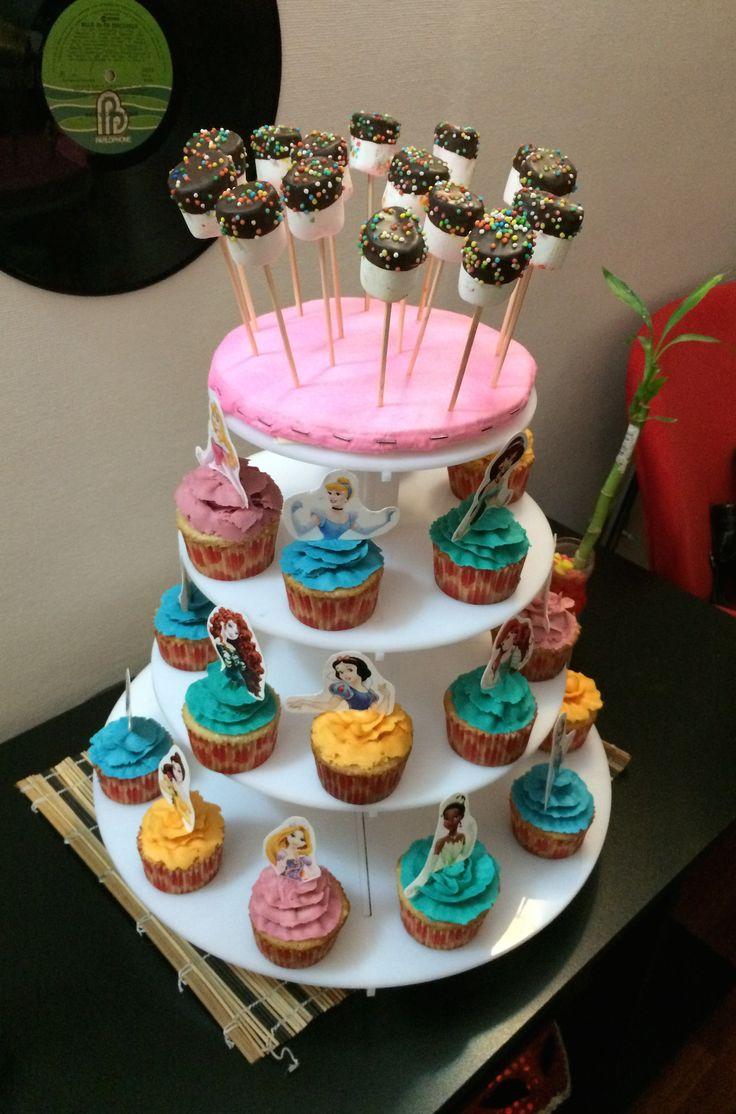 Cupcakes para cumpleaños tematica princesas disney #jotacakes #cupcake #cupcakes #reposteria #candy #buttercream #princess #disney #disneyprincess #tasty #delicius #sugar #cakeshop #mashmallow #cubierta #chocolate #chispas #colores #tasty #candy