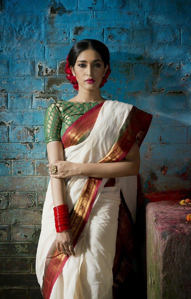 Gadwal sarees have been in great demand since the 1930s. These sarees are made in Gadwal which is in Telangana state of India. Gadwal silk sarees and Gadwal cotton sarees are often lightweight and very much effortless in draping on. Known for admirable zari patterns and a remarkable trait of getting folded down to the size of a matchbox, these sarees bear an excellent art-work called 'Kuttu'.
