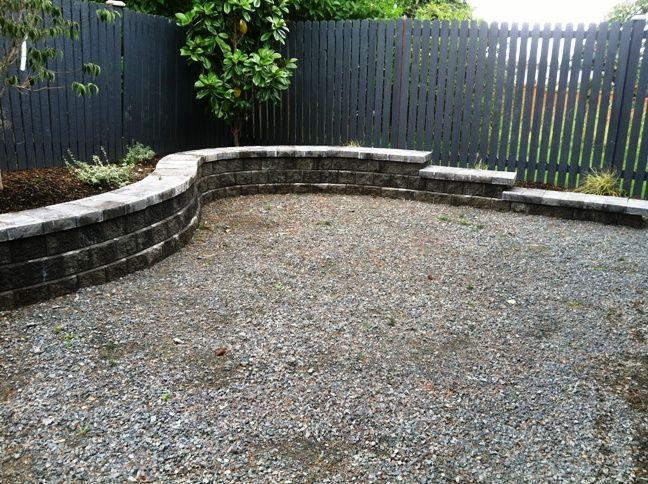 Retaining wall ideas seattle landscaping retaining for Garden block wall ideas