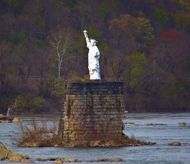 Places To Camp Pa: Harrisburg, PA Statue Of Liberty. Stands Proudly Above The