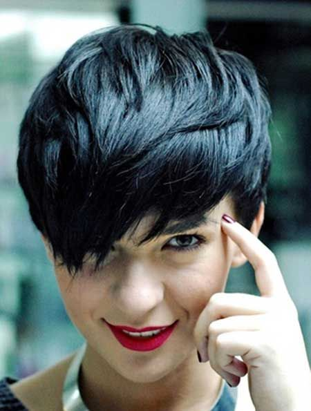 Very feminine and charming pixie cut