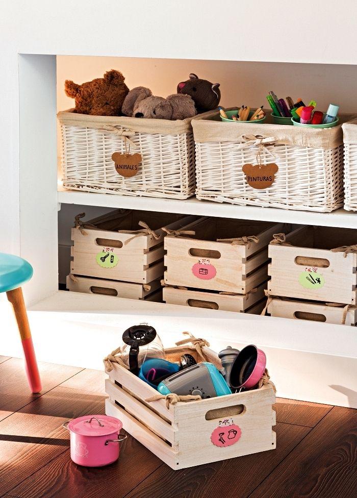 1001 + idées pour détourner une caisse en bois ikea   Rangement jouet, Ikea et Rangement chambre ...