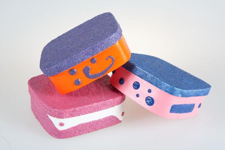 Scatole portagioie decorate con sabbia. Creazioni di artigianato artistico prodotte da Fantasie di sabbia. Varie dimensioni e colori. Uniche ed originali. Possibilità di personalizzazioni su commissione.