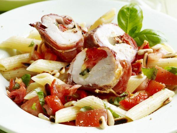 Gevulde kip met pastasalade - Libelle Lekker!