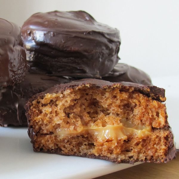 Our Honey Cakes (aka Pão de Mel) are baked home style with a lot of spices, filled with creamy dulce de leche and dipped in pure milk chocolate.  www.brigadeirobakery.com