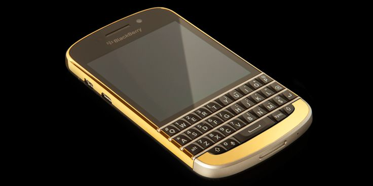 24 CT Gold BlackBerry Q10 customised by Goldgenie. Starting from £1597.00. Please visit https://www.goldgenie.com/gold-blackberry-q10.php for more details.