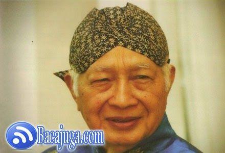 Biografi Lengkap Soeharto