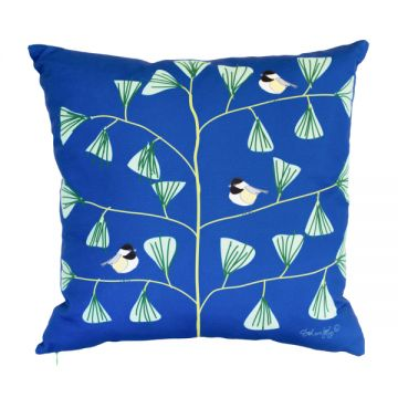 Maine's state bird, the Chickadee in an original pattern by Solvejg for Tröskö. 18x18 pillow with or without down-feather insert. Order now: http://troskodesign.com/shop/throw-pillow-chickadees-in-blue-made-in-maine/