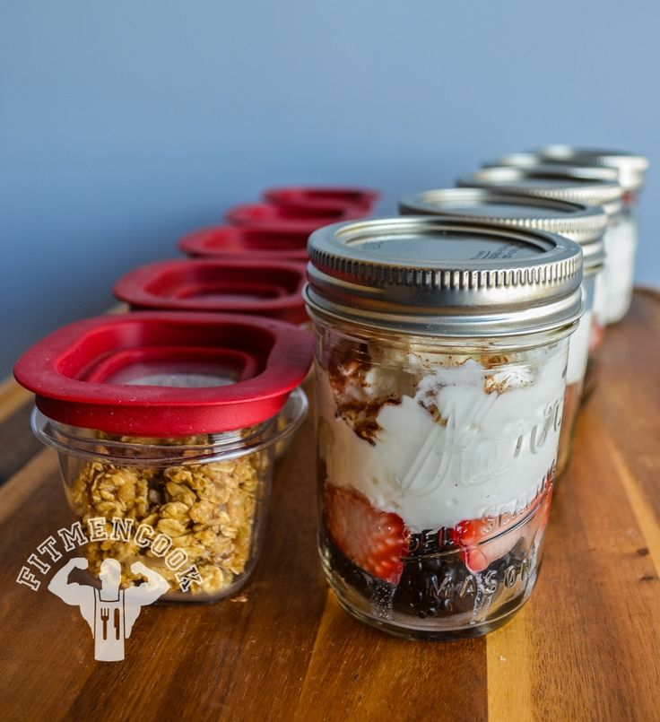 Breakfast or Snack Meal Prep: Granola, Strawberry, Blackberry, cinnamon parfait. Staying prepared is an important part of accomplishing fitness goals! via Fit Men Cook #prepday
