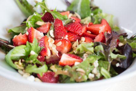 Zone Paleo Diet ~ Strawberry Feta Salad