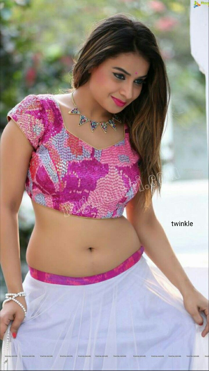 Preety Indian Woman  Desi Girl  Indian Beauty, Navel Hot