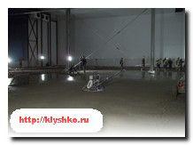 Как делают бетонные полы с упрочненным верхним слоем? Все секреты в статье Производство бетонных полов http://klyshko.ru/betonnye-poly/