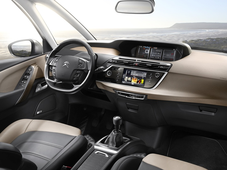 Interior of the new Citroën C4 Picasso.