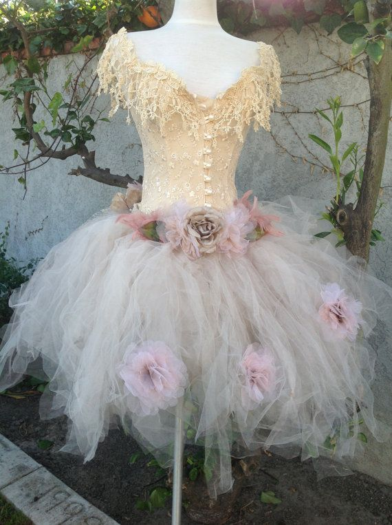 Victorian tutu lace corset and flower decorations//Maternity Tutu/XV Tutu/Prom Tutu//Tulle//Wedding//Fantasy tutu//Photo prop tutu by Elena
