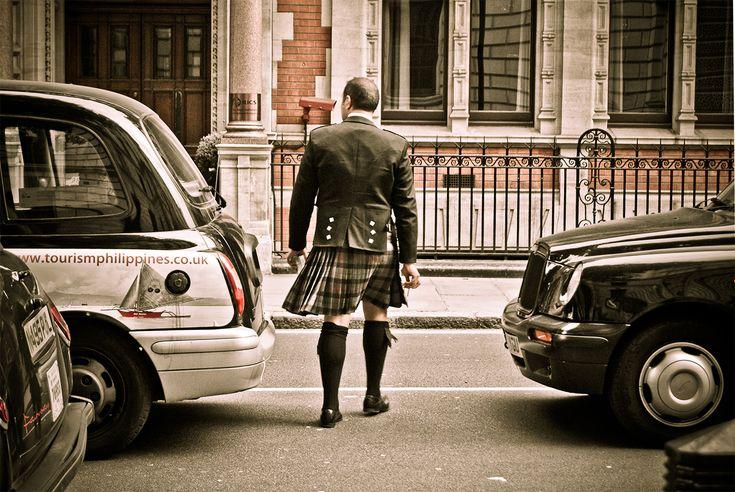 "#streetpics: ""man in kilt - london"""