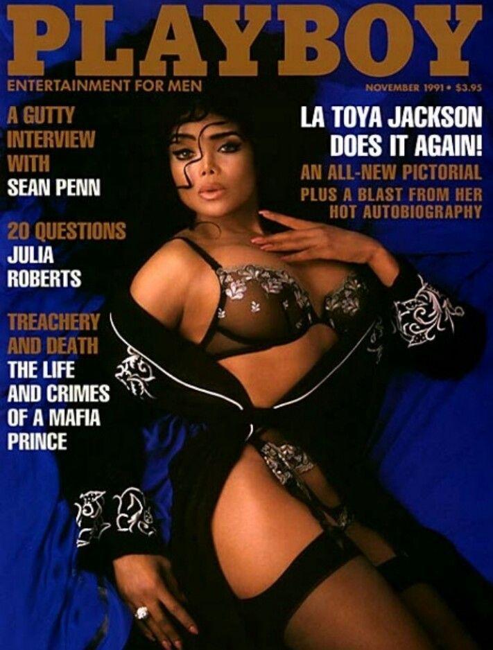 Playboy Magazine November 2011 College Issue SEC Centerfold Ciara Price