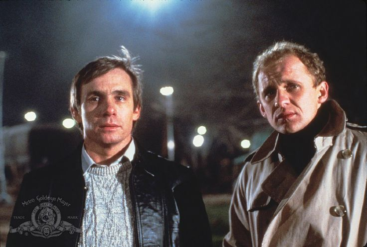 Still of Peter Firth and Steve Railsback in Lifeforce (1985)