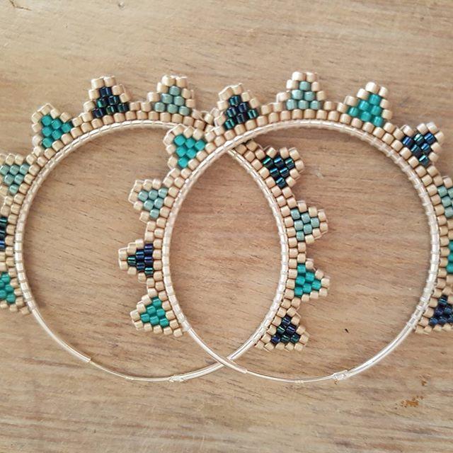 Créoles version bleues ! #miyukibeads #miyuki #earrings #beadjewelry #cestmoiquilaifait #diy #delicas11 #jewelry #jenfiledesperlesetjassume