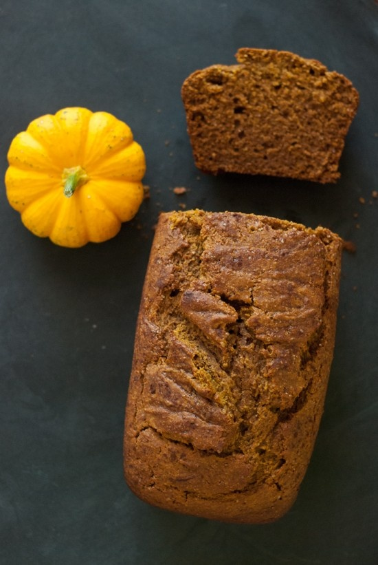Whole Wheat Pumpkin Bread Healthy recipe / Pane Salutare di Farina Integrale e Zucca