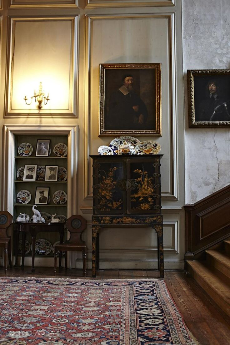 Elizabethan Manor House