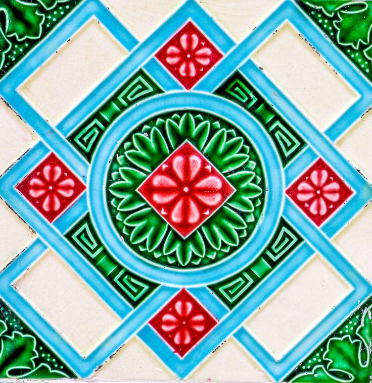 peranakan tile