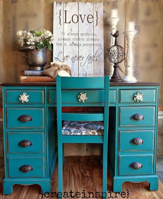 The 25 best chalk paint desk ideas on pinterest vintage - Como pintar muebles antiguos ...