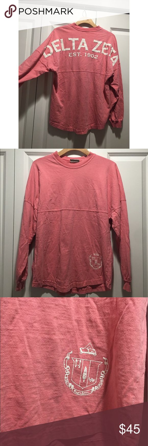 Delta Zeta sorority pink boyfriend t Shirt Top ✨(❁´◡`❁) ωḙℓḉ✺Պḙ (❁´◡`❁)✨    🦋Description:    •super cute Delta Zeta sorority sister Long Sleeve top.    ✨    🦋Brand: N/A     🦋Size: Small (fits like a Boyfriend style)    🦋Condition: Good preowned shape. Has some cracking in the lettering due to dryer.    (please refer to all photos Don't hesitate to ask ANY and ALL question before Bidding/Buying)    Ask about combined shipping and discounts! Tops