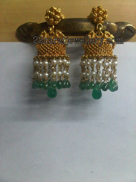 Jewellery Designs: Antique Gold Traditional Jumkees (earrings) Galler...
