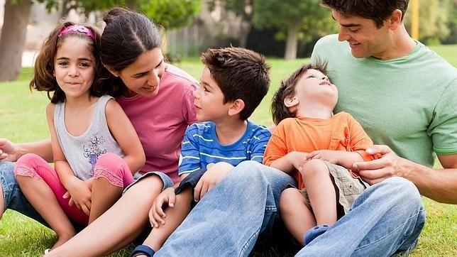 Una de cada tres familias numerosas españolas no llega a final de mes