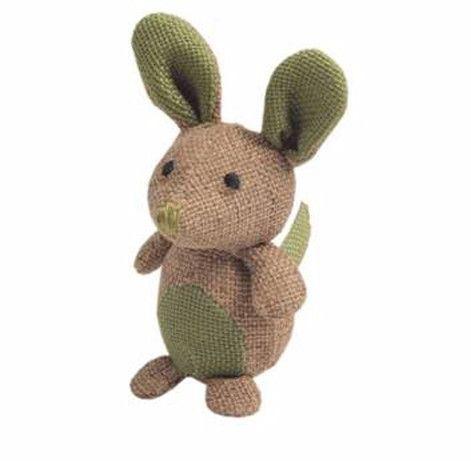 El juguete Ratón de 8 cm de tamaño está hecho de yute. Este material natural es especialmente resistente a los arañazos, facilitando el agar...