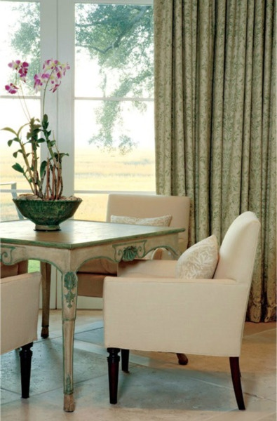 99 best images about southern plantation homes on for Southern dining room