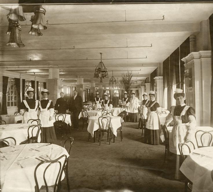 Tea Room In Broad Ripple