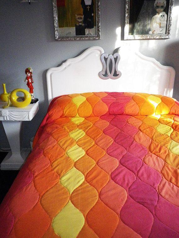 Midcentury MOD Vintage Comforter Sheets Set Towel by elliemayhems,