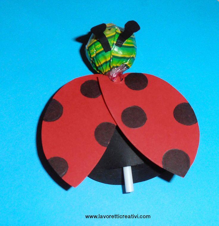 Idee per accogliere i bambini - Coccinella con chupa chups