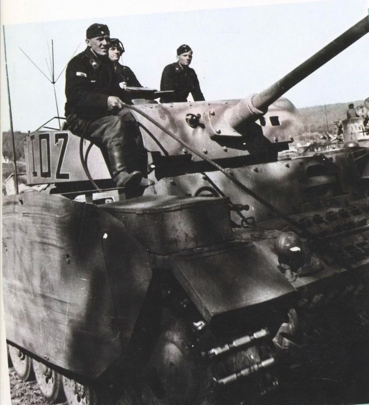 """7th Panzer Division with Pzkw III """"I02"""""""