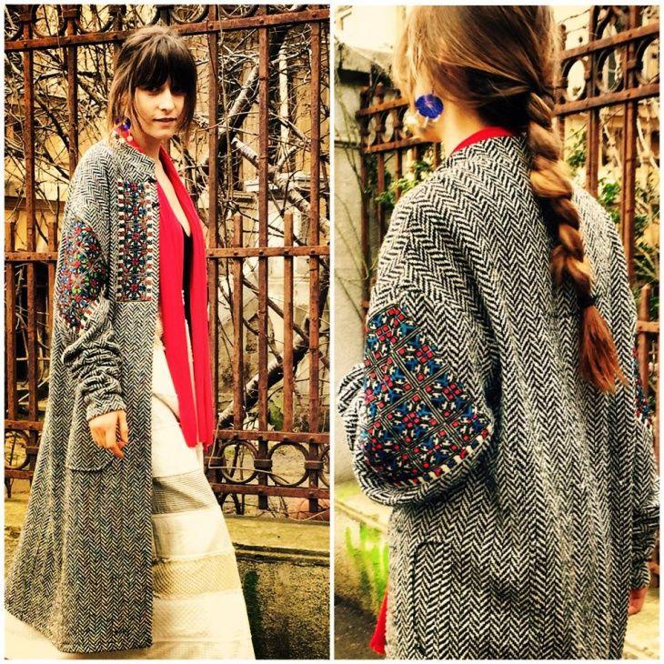 Вышивка на рукавах пальто / Пальто и плащ / Своими руками - выкройки, переделка одежды, декор интерьера своими руками - от ВТОРАЯ УЛИЦА