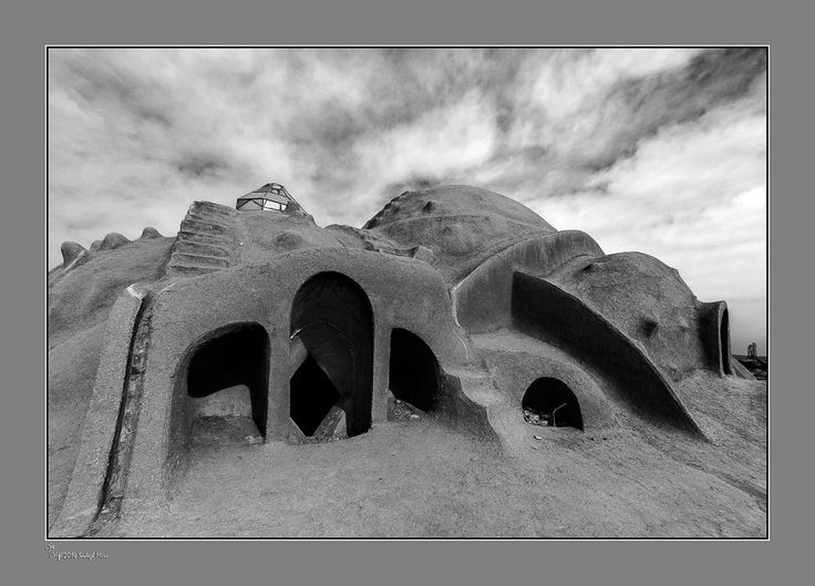 Sadegh Miri The roof of Saraye Amioldoleh-Kashan Bazaar, Iran