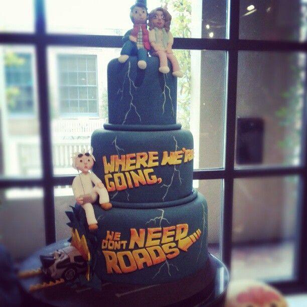 I JUST LOVE IT, DOC-back to the furture wedding cake via rocknrollbride #RegresoAlFuturo #megatarta