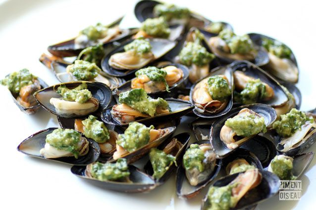 Moules au pesto / Mussels with basil sauce