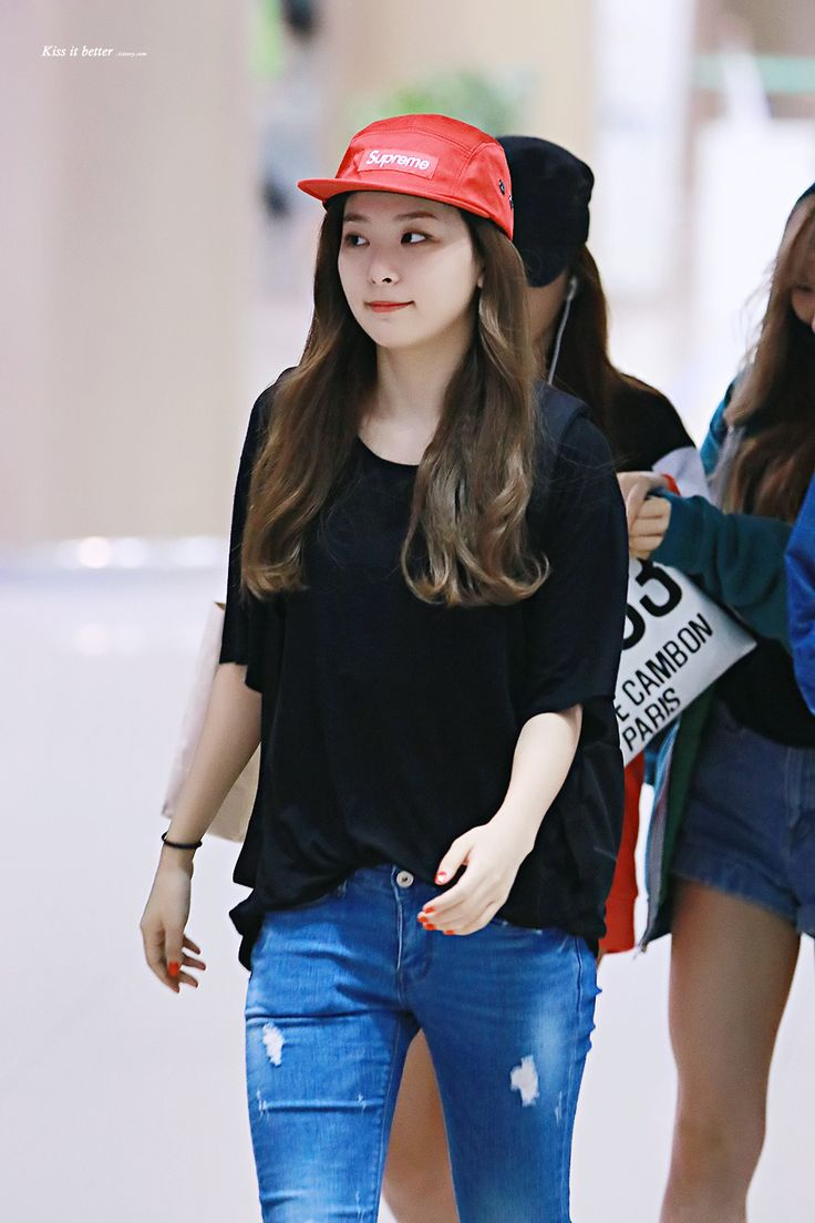 Other red velvet s airport fashion celebrity photos onehallyu other red velvet s airport fashion