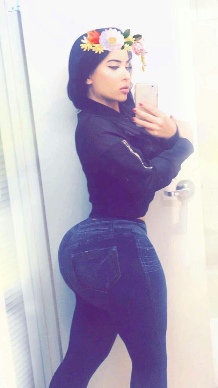 Milf xxxl big ass skirt sex