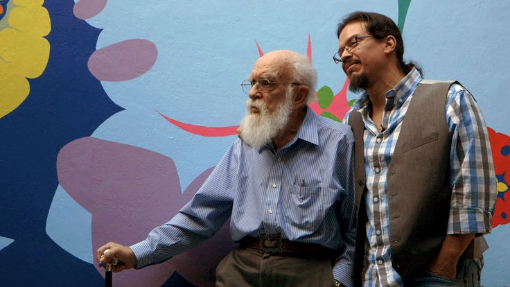 James Randi and his partner Jose Alvarez pose for An Honest Liar.
