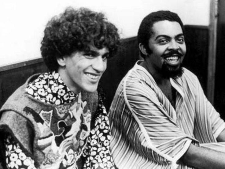 As atrações fazem um passeio pelo estilo de Caetano Veloso, pela voz de Gilberto Gil, pelo cinema tropicalista e pela trajetória de Torquato Neto.